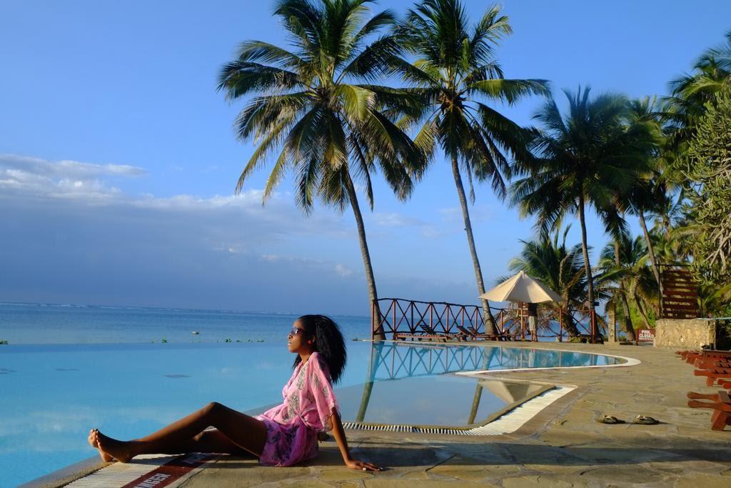 Де відпочити в листопаді й узимку: 4 незвичайних напрямки для пляжного відпочинку