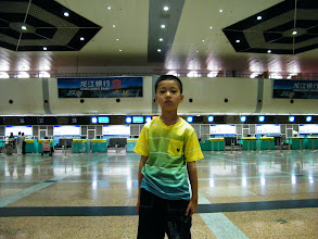 Photo: journey hometown in summer 2013 shakes doubts and plows hope: here warrenzh 朱楚甲 posed in Harbin airport near 5am while the flight launchs at 8am, just for we first time to take and can't afford to miss.
