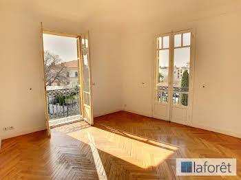 Appartement 2 pièces 63,4 m2