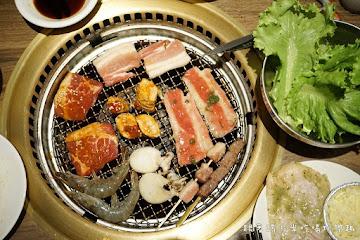 牛角日式碳烤燒肉店