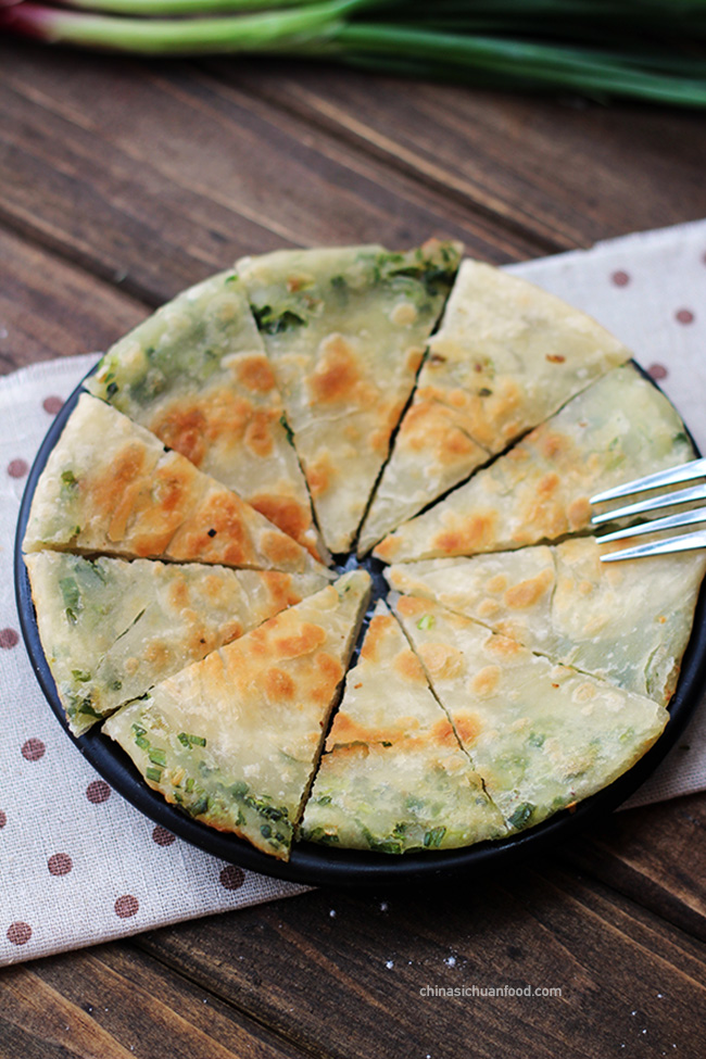 Chinese scallion pancake|chinasichuanfood.com
