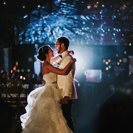 Wedding photographer Roberto Torres (torresayora). Photo of 17.02.2018