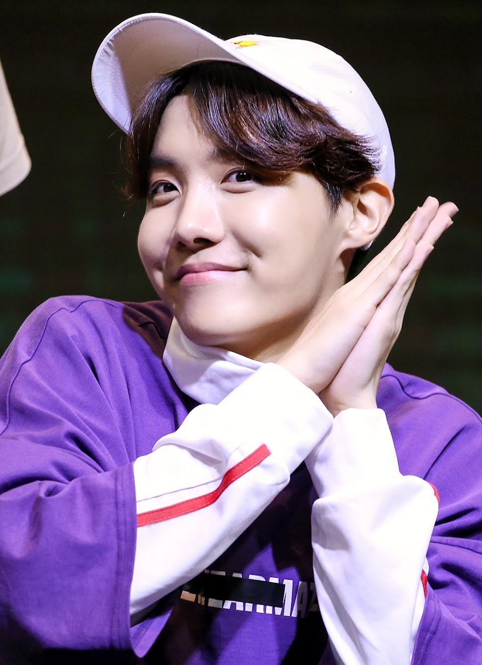 180603_J-Hope_Hongik_University_Fansign_(2)