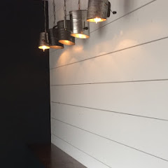 Small sitting area .. sifters as lights!