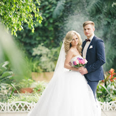 Wedding photographer Darya Vyushkova (dashaview). Photo of 19.04.2016