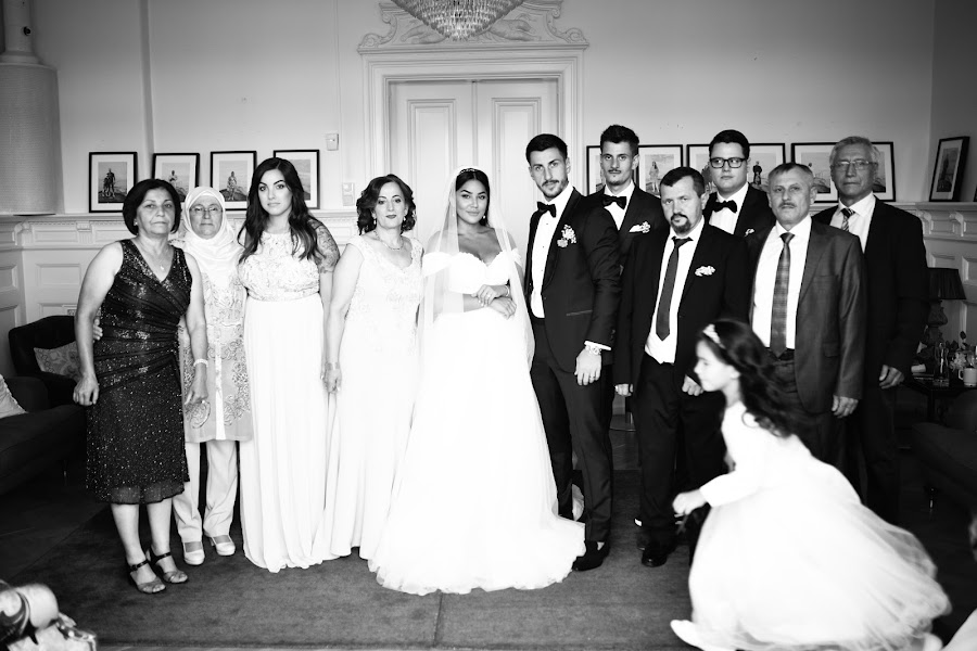 Wedding photographer Artur Pogosyan (Pogart). Photo of 28.10.2019