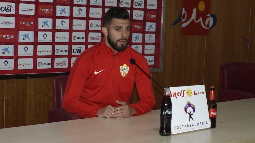 Luis Rioja en rueda de prensa.