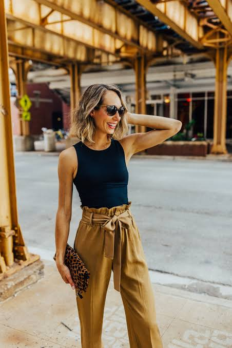 first-date-outfit-ideas-for-women_paper_bag_trousers__basic_tank