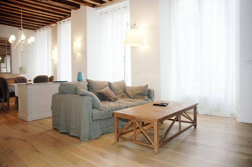 Living area at Luxury 2 bedroom Serviced Apartments in Latin Quarter
