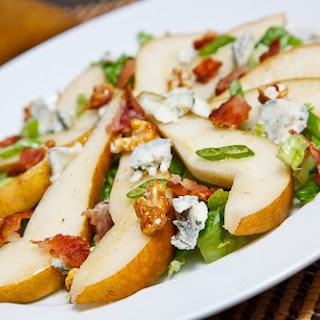Pear Salad with and Bacon, Gorgonzola and Candied Walnuts.