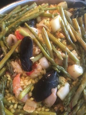 Emily's Seafood Paella