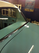 Photo: export chrome molding on the back glass
