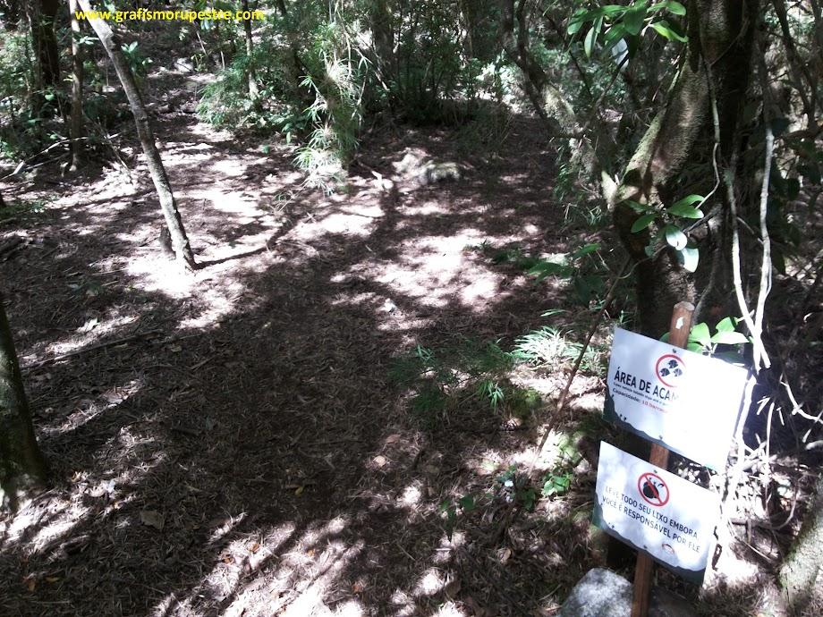 Trilha do Paiolinho - Pedra da Mina - Local de descanso e acampamento no vale do bambuzal.