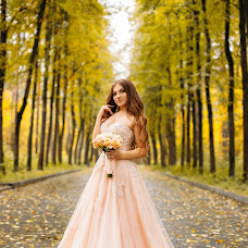 Wedding photographer Darina Sirotinskaya (Darina19). Photo of 08.10.2017
