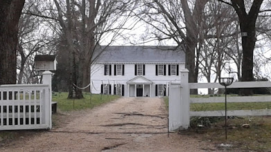 Photo: Tuckahoe Plantation, Richmond VA. The grounds around the house include outbuildings: the schoolhouse where Thomas Jefferson was educated, a kitchen house, slave quarters, smokehouse, storehouse, stable, and the cemeteries of the Randolph and Wight families.