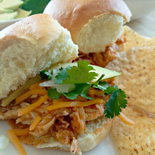 Slow Cooker Pulled Chipotle Chicken Sliders