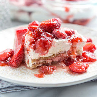 Strawberry Cheesecake Lasagna Recipe