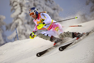 Photo: LEVI, FINLAND - NOVEMBER 14:  (FRANCE OUT) Lindsey Vonn of the USA competes during the Alpine FIS Ski World Cup Women's Slalom on November 14, 2009 in Levi, Finland.  (Photo by Alain Grosclaude/Agence Zoom/Getty Images) *** Local Caption *** Lindsey Vonn