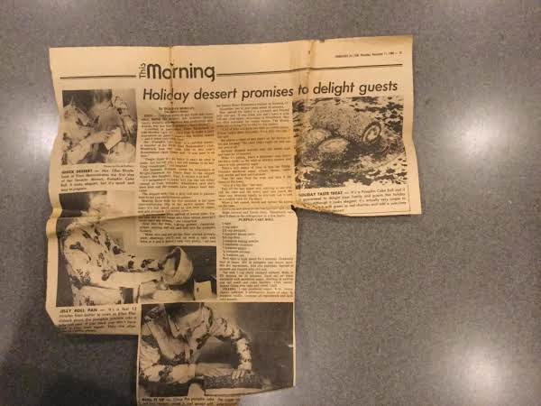 The Original Crispy, Yellowed Article From The Springfield News-sun Of December 10, 1980.  The Cake Is Much Better Than This!