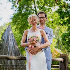 Wedding photographer Elina Pekulesa (Elina). Photo of 23.02.2017