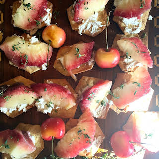 White Peach Goat Cheese Appetizer.
