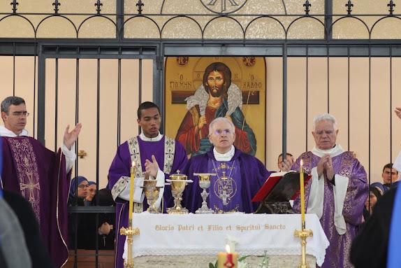 Santa Misa del Funeral precedida por Mons. Mariano Crociata