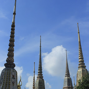 Wat Po Bangkok-Thailand by Tony Carnmantle - Travel Locations Landmarks