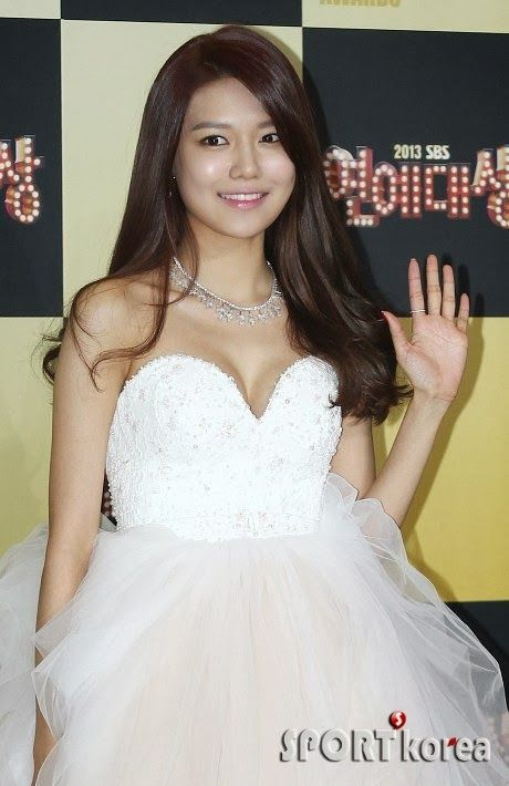 sooyoung gown 38