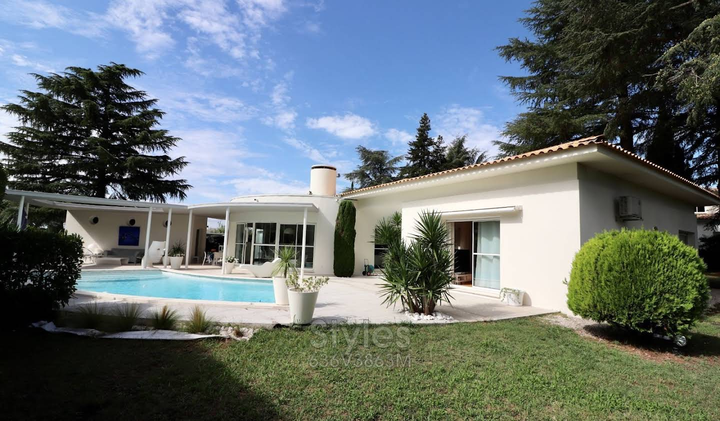 Villa with pool and terrace Montpellier