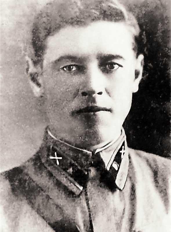 Шардаков Михаил Петрович - командир 1-го огневого взвода 2-й батареи 400ап 133сд