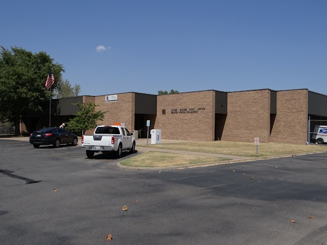 Broken Arrow post office