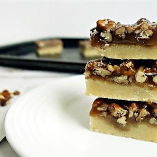 Gooey Pecan Pie Bars Recipe