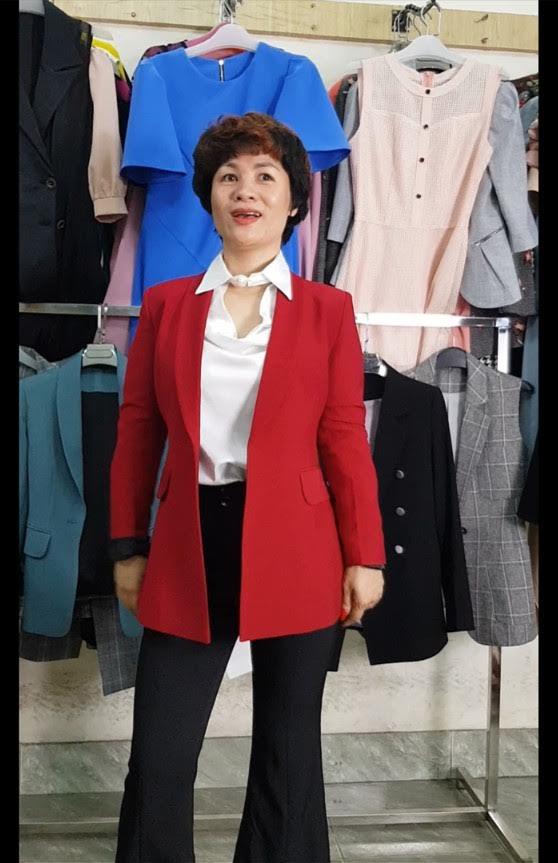 mix đồ áo Vest Nữ với quần Ống Loe thời trang thuỷ sai gòn