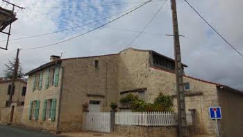 Maison 12 pièces 172 m2