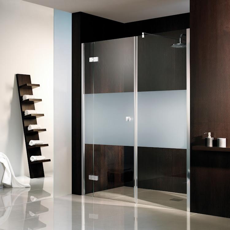 Shower Cabins_raumnischer drehtür pendelbar 3-teilig