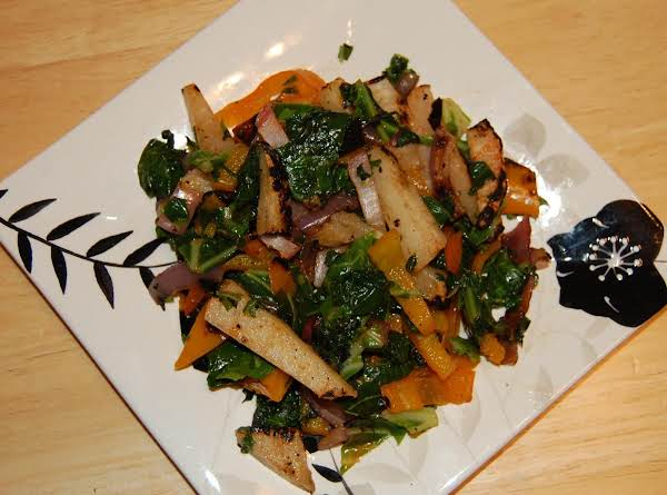 Grilled Collards And Jicama With Sweet Pepper