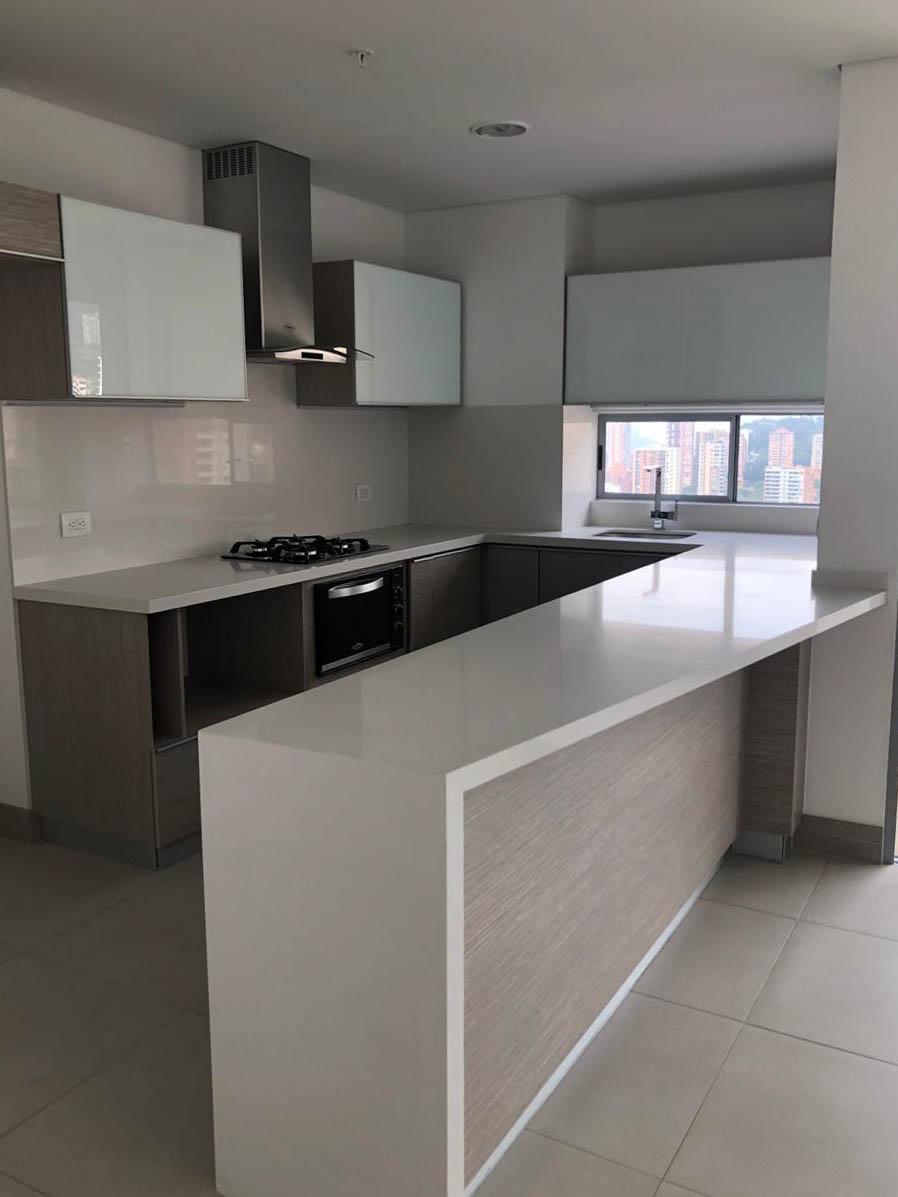 apartamento en venta poblado 585-23756