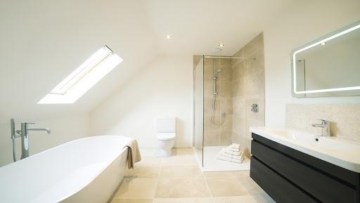 Aménagement salle de bain dans les combles