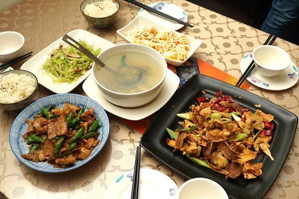 香橙料理食坊|台南熱炒|超唰嘴薑片餅乾佐烏魚腱|巷仔裡才知的特色料理|當月壽星再送隱藏菜色