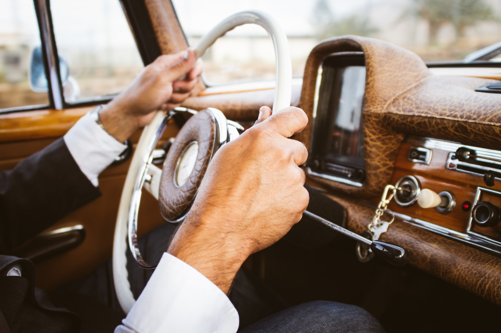 4 Fascinating Reasons Why You Must Buy a Pre-owned Vehicle