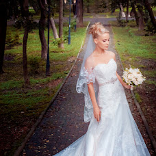 Wedding photographer Olesya Churkina (Photoacademyvl). Photo of 30.01.2014