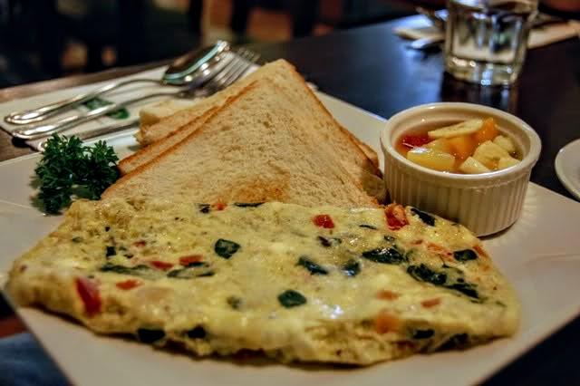 malunggay omelette