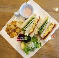 FuYu Cafe'
