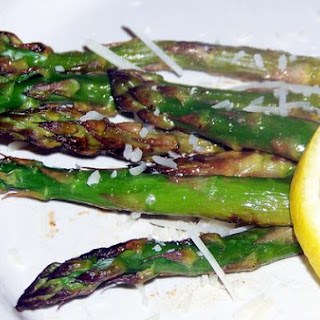 Sweet Honey and Garlic Glazed Roasted Asparagus