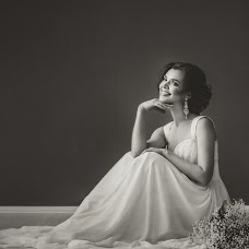 Wedding photographer Oksana Pipkina (Pipkina). Photo of 13.02.2017
