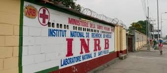 Nigeria imposes Ebola travel restrictions; CDC is silent