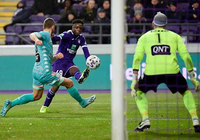 """Charleroi semble inébranlable : """"Il faut que ça continue le plus longtemps possible !"""""""