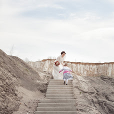 Wedding photographer Olesya Gulyaeva (Fotobelk). Photo of 02.06.2018