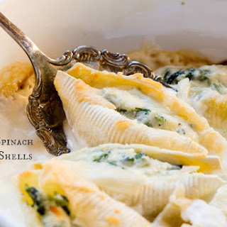 Creamy Spinach Stuffed Shells