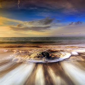 by Tut Bolank - Landscapes Waterscapes